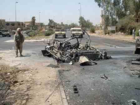 ماهو سر سحق الدبابات الامريكية و البريطانية للدبابات العراقية في الحرب ?? - صفحة 4 Abrams%20destroyed%20in%20mosul%2013o8y