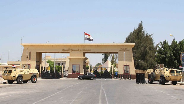 http://www.ccun.org/images/2015/September/29%20p/Rafah%20Gate,%20the%20Egyptian%20border%20crossing%20to%20and%20from%20Gaza%20Strip,%20closed%20most%20of%20the%20time%20in%202015.jpg